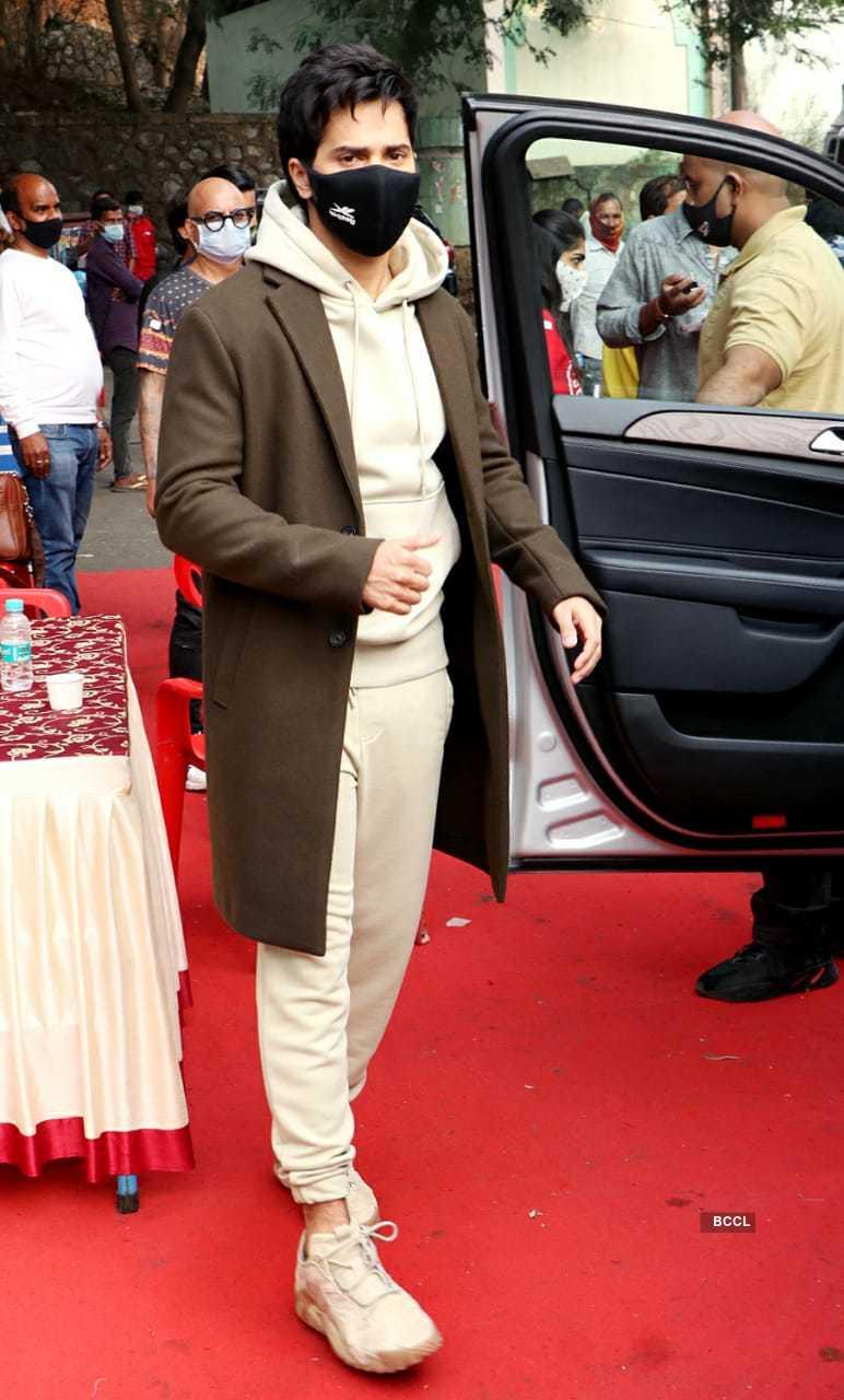 Varun Dhawan (4).