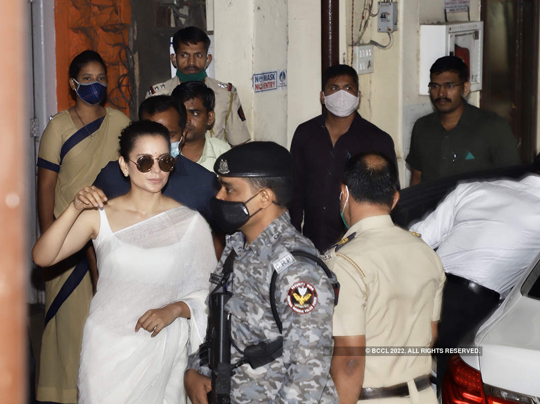 Pictures of Kangana Ranaut from Bandra Police station as she arrives to record her statement