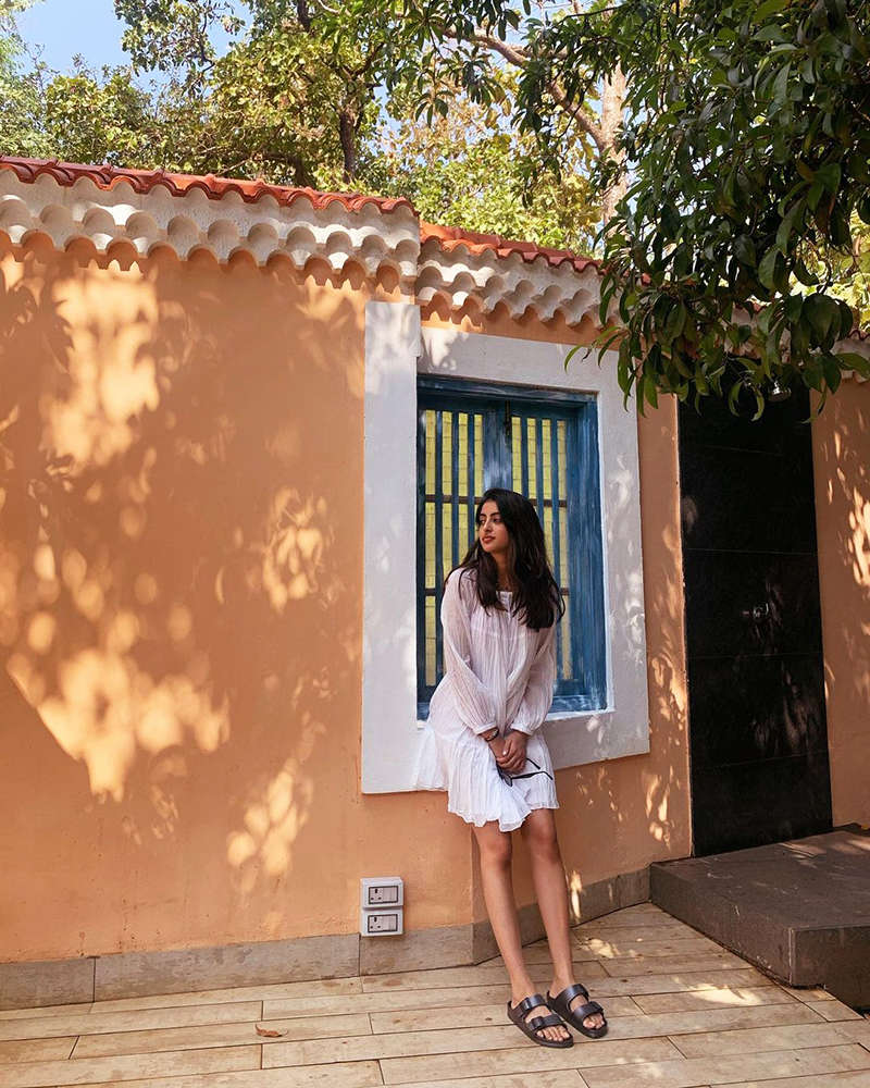 Stylish pictures of Navya Naveli Nanda go viral