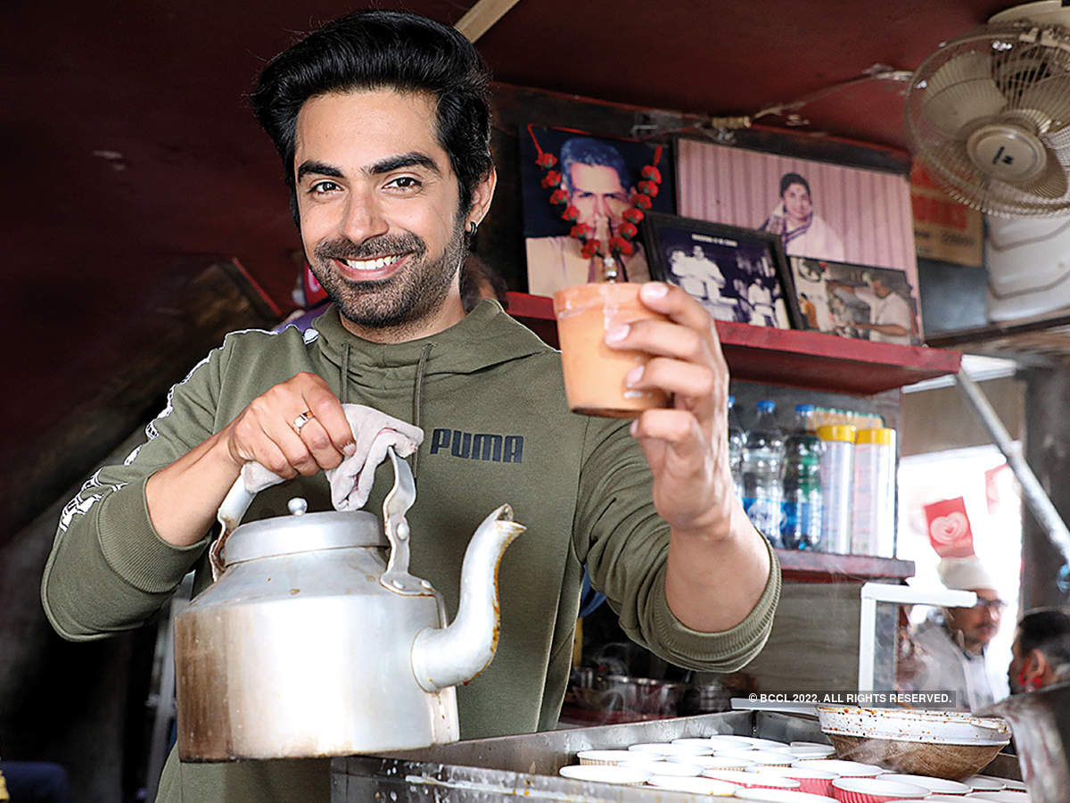 Paras Madaan made kullhad chai on his trip to Lucknow recently (BCCL/ Aditya Yadav)