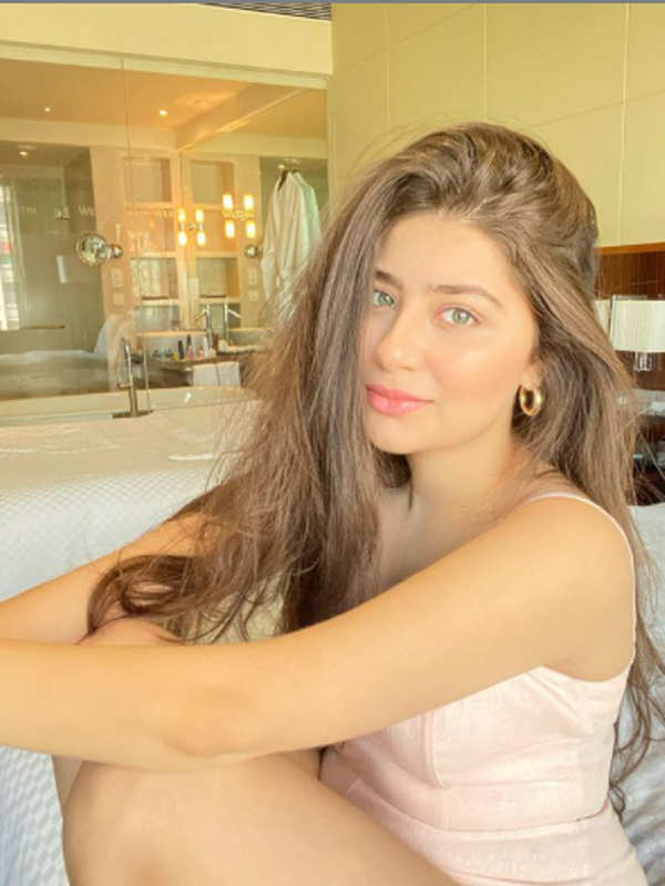 Glamorous pictures of Aditi Bhatia you simply can't miss!