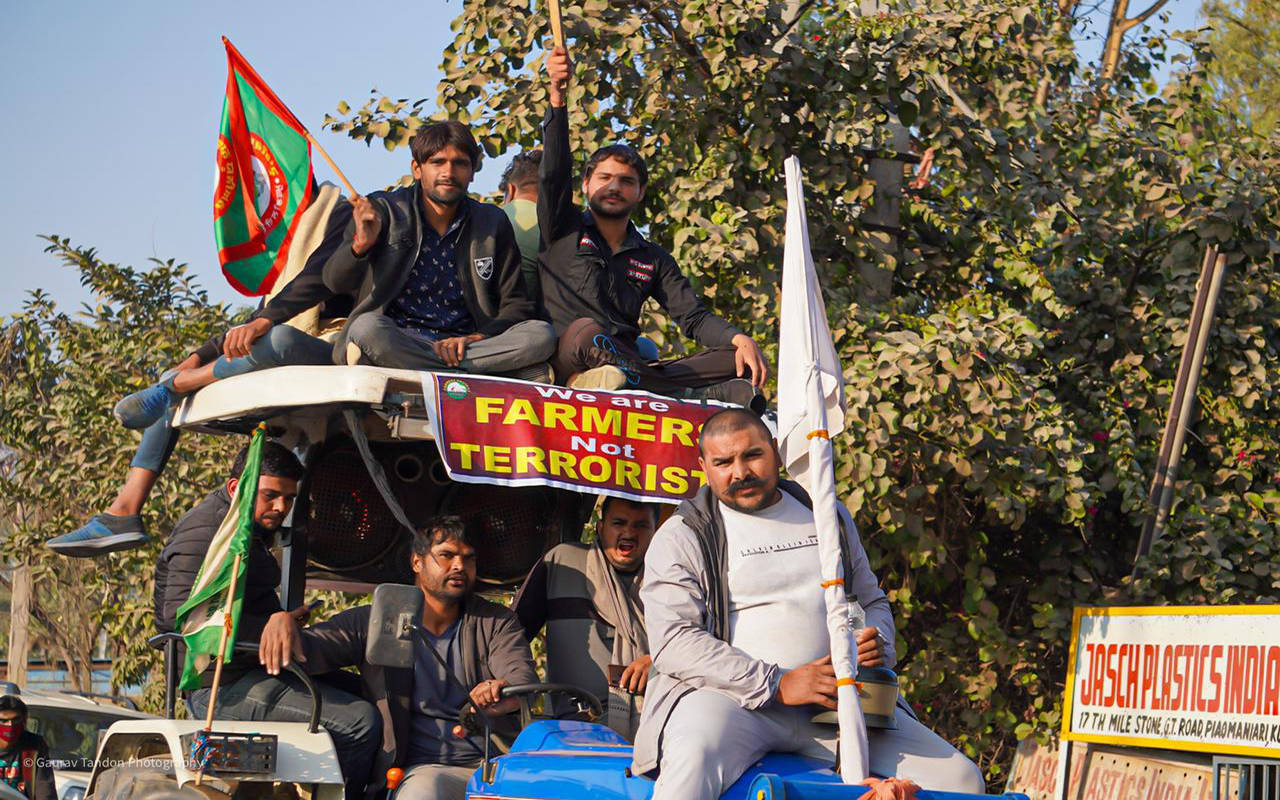 Farmers intensify protest at Singhu border