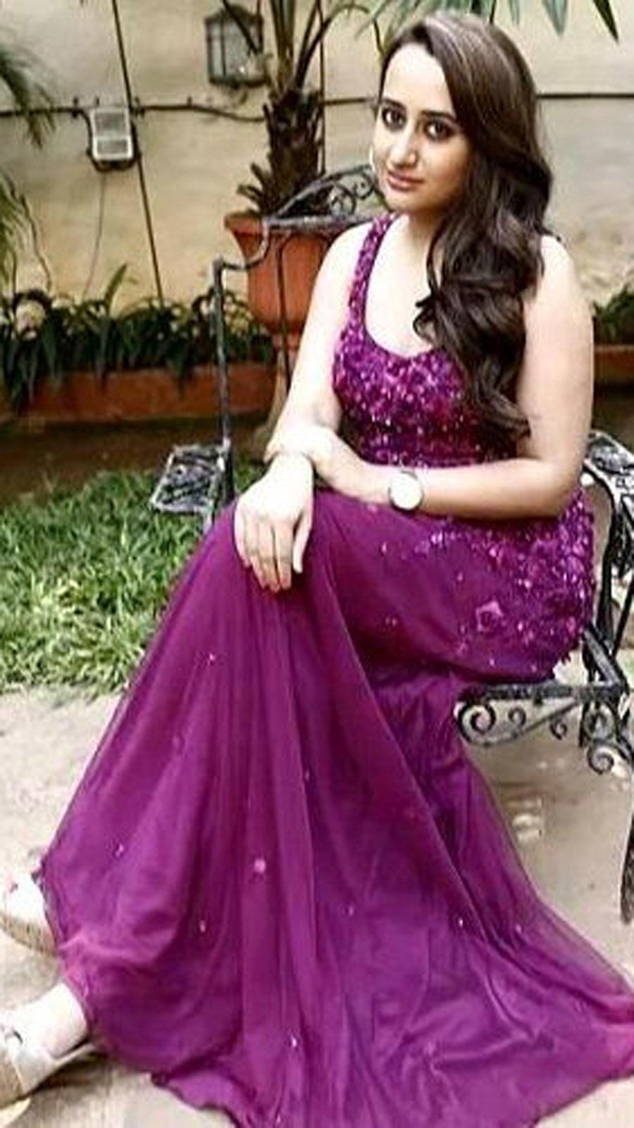 Natasha Dalal rocks the desi look