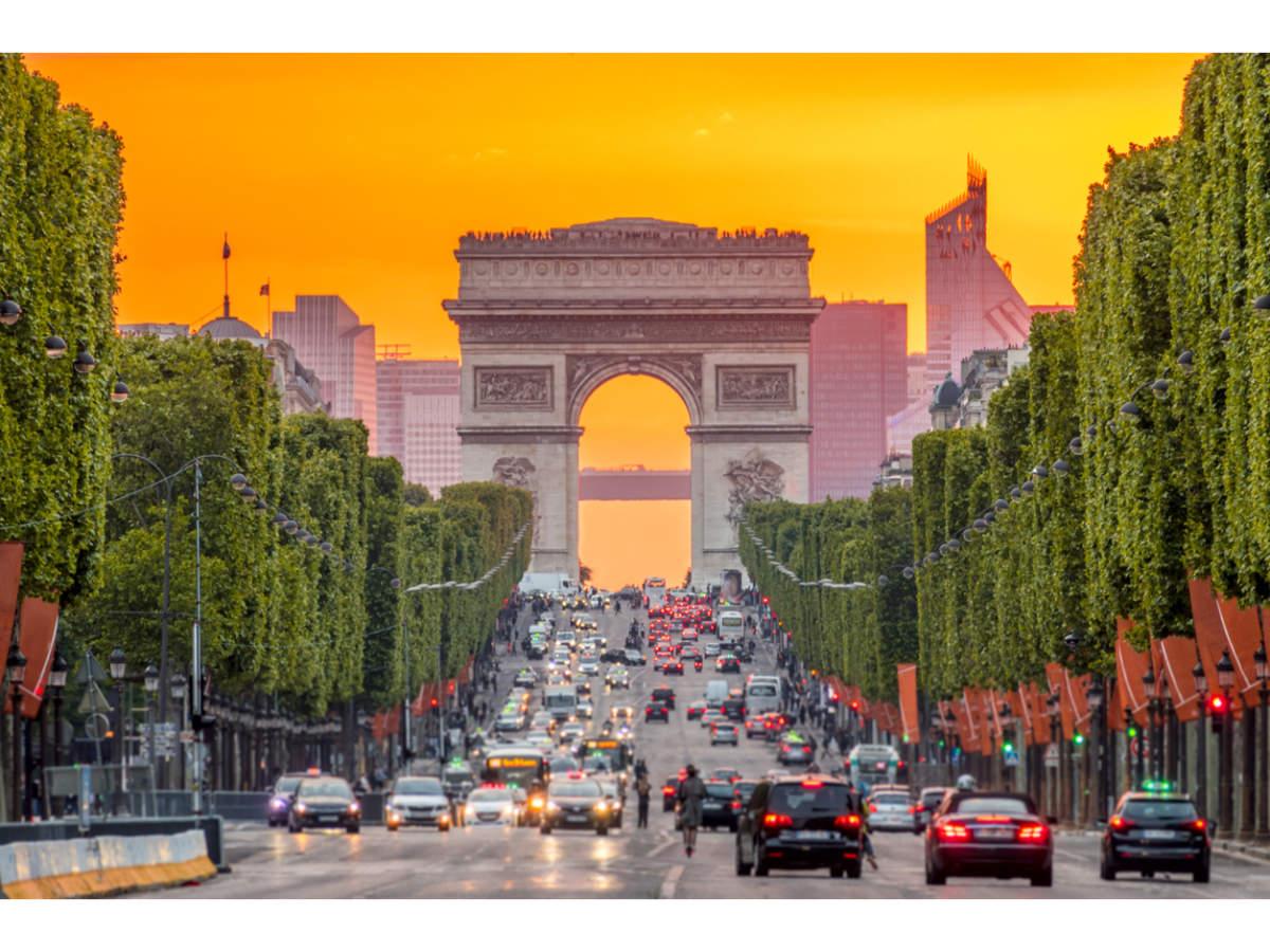 Paris' Champs-Élysées to turn into a stunning urban garden