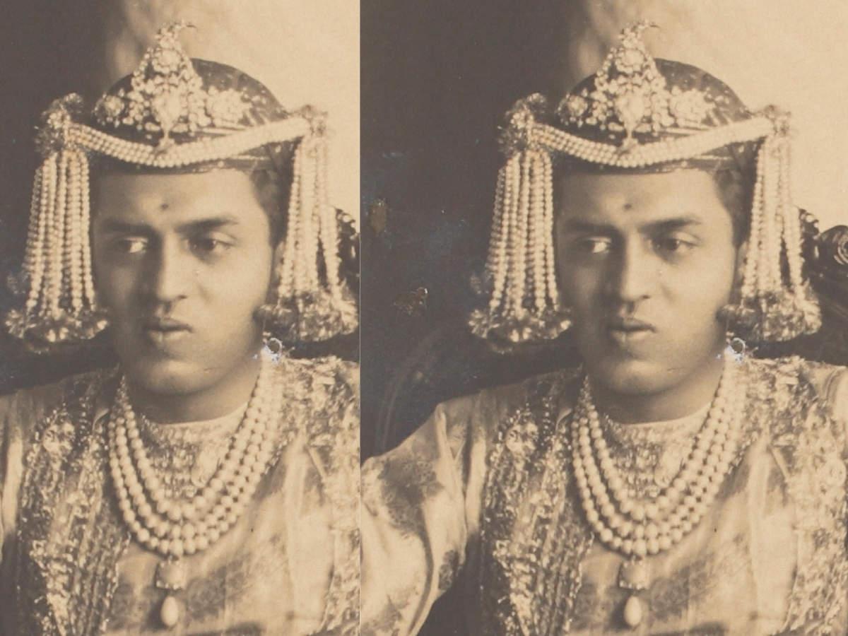Diamond dastar - Maharaja Shrimant Sir Ranjit Singhji Sahib Bahadur of Ratlam