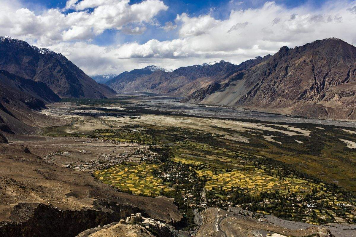 Incredible images  of top 15 valleys of India