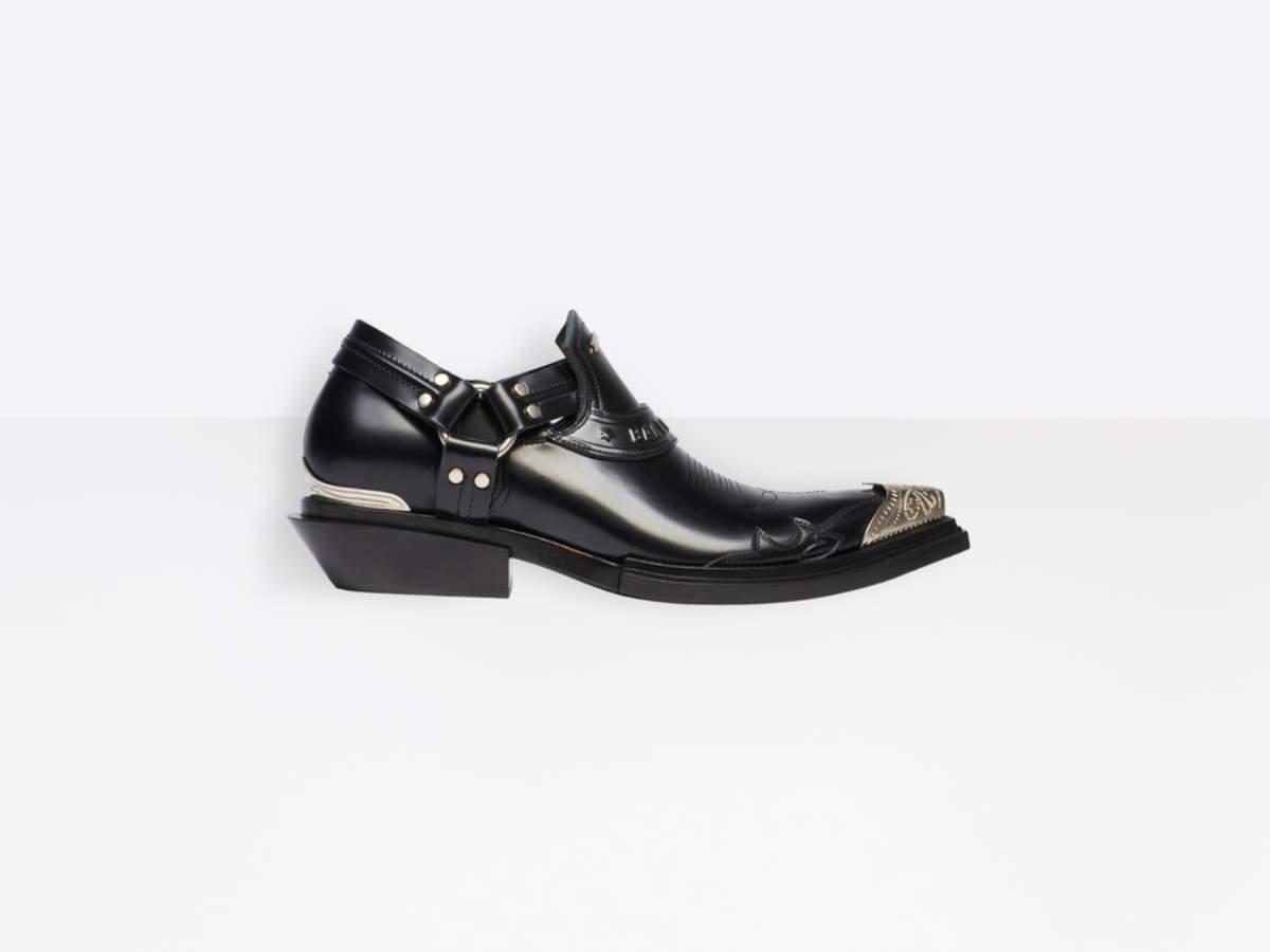 ऊँची एड़ी के जूते (1)