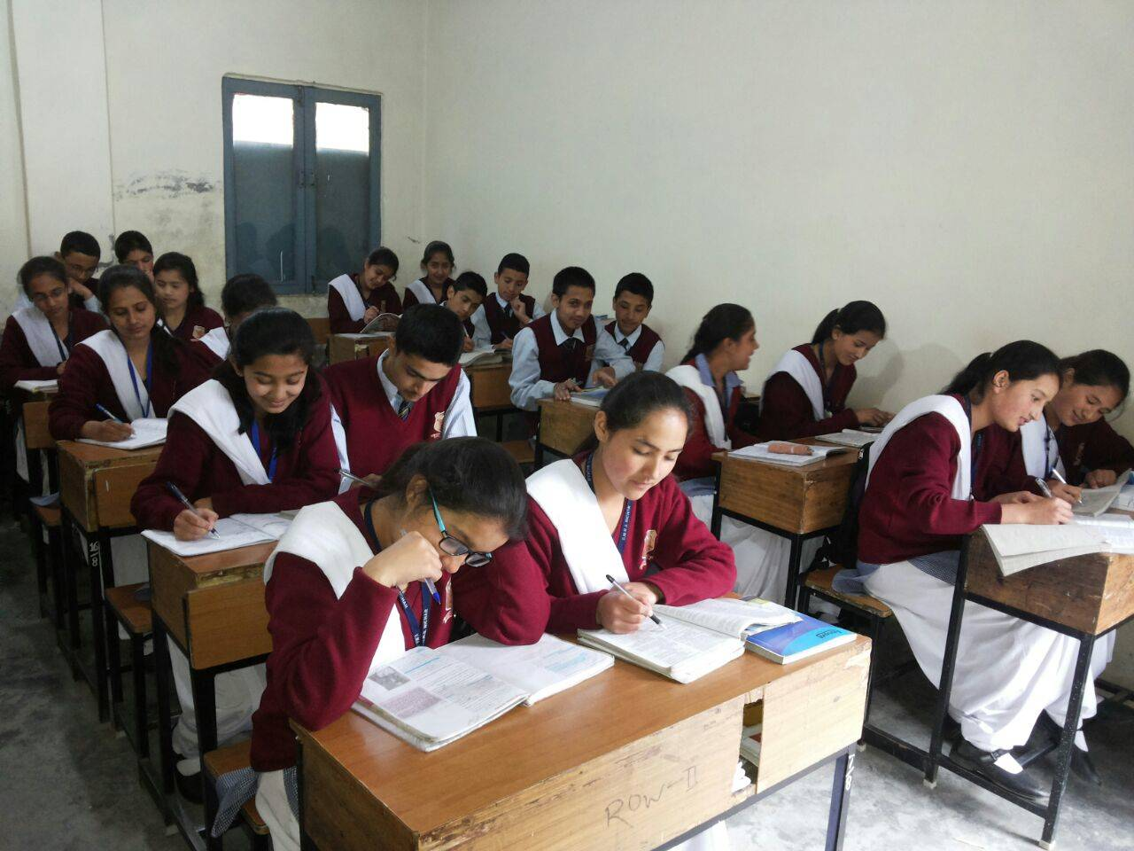 Tribal students studying in Eklavya schools to get new Khadi uniform