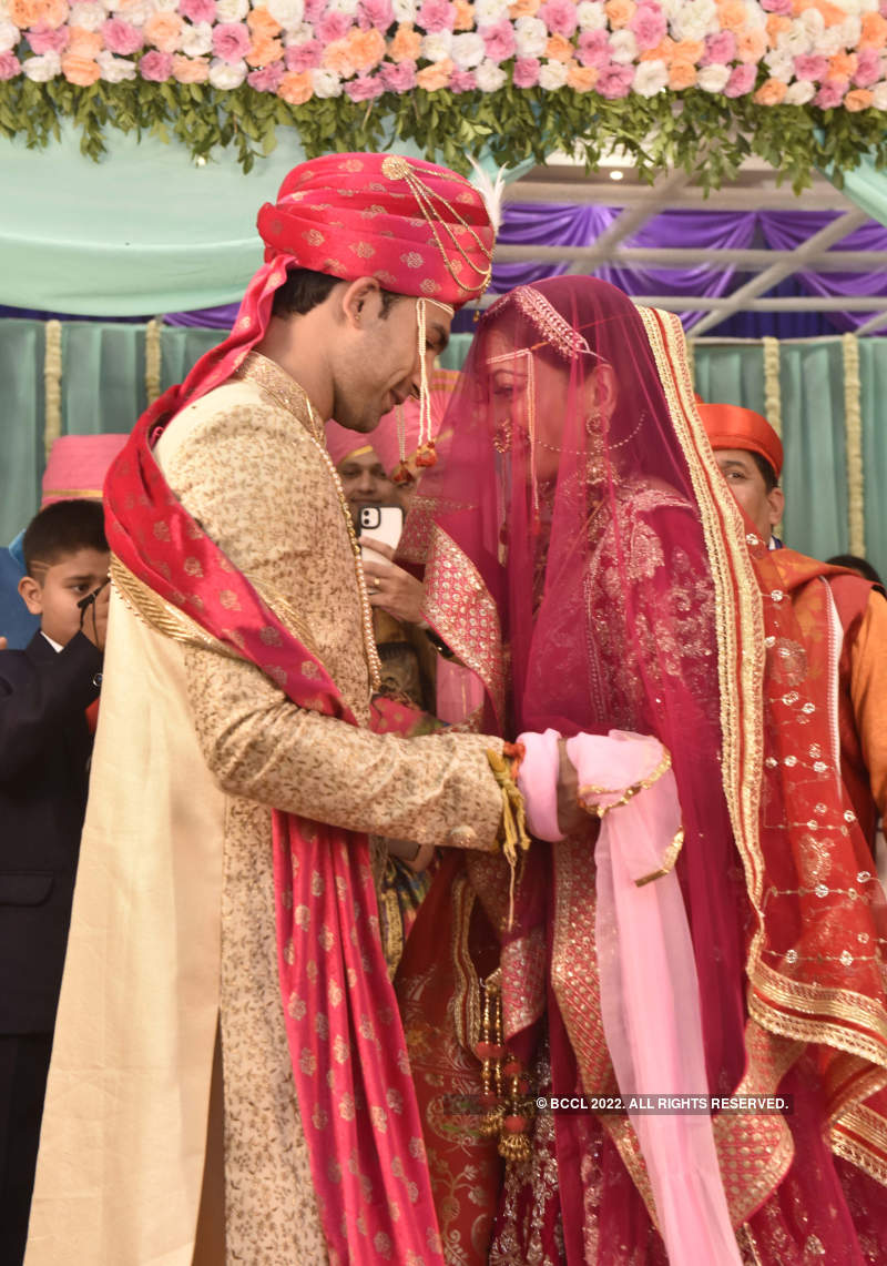 Manasi Naik ties the knot with beau Pardeep Kharera