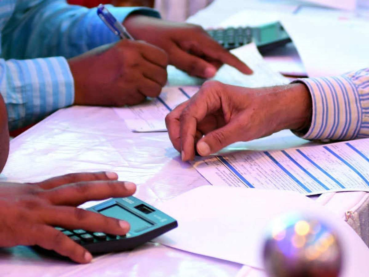 , How EPF discriminates against those who need it the most – Times of India,