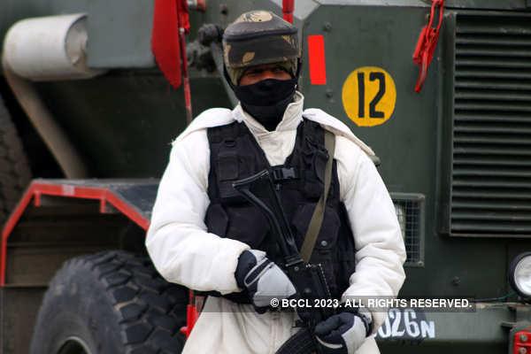One soldier martyred, 3 injured in J&K terror attack