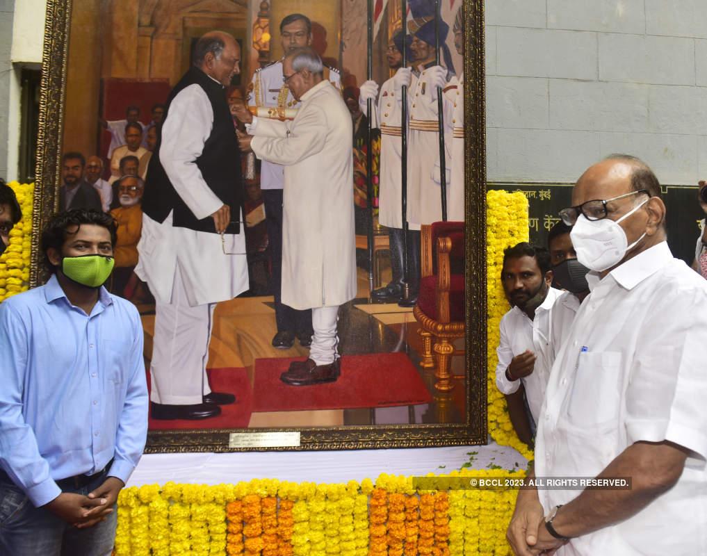 NCP leader Sharad Pawar celebrates 80th birthday