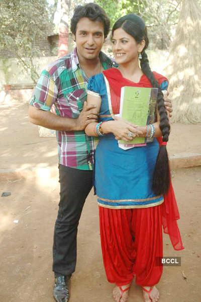 On the sets: 'Damad Chahi...'