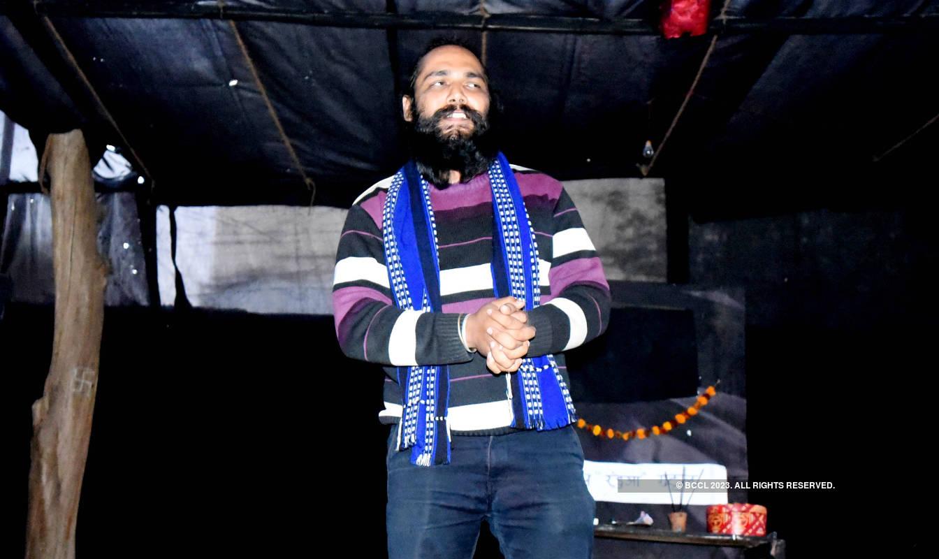 Main Beedi Pikar Jhoot Ni Bolta: A play