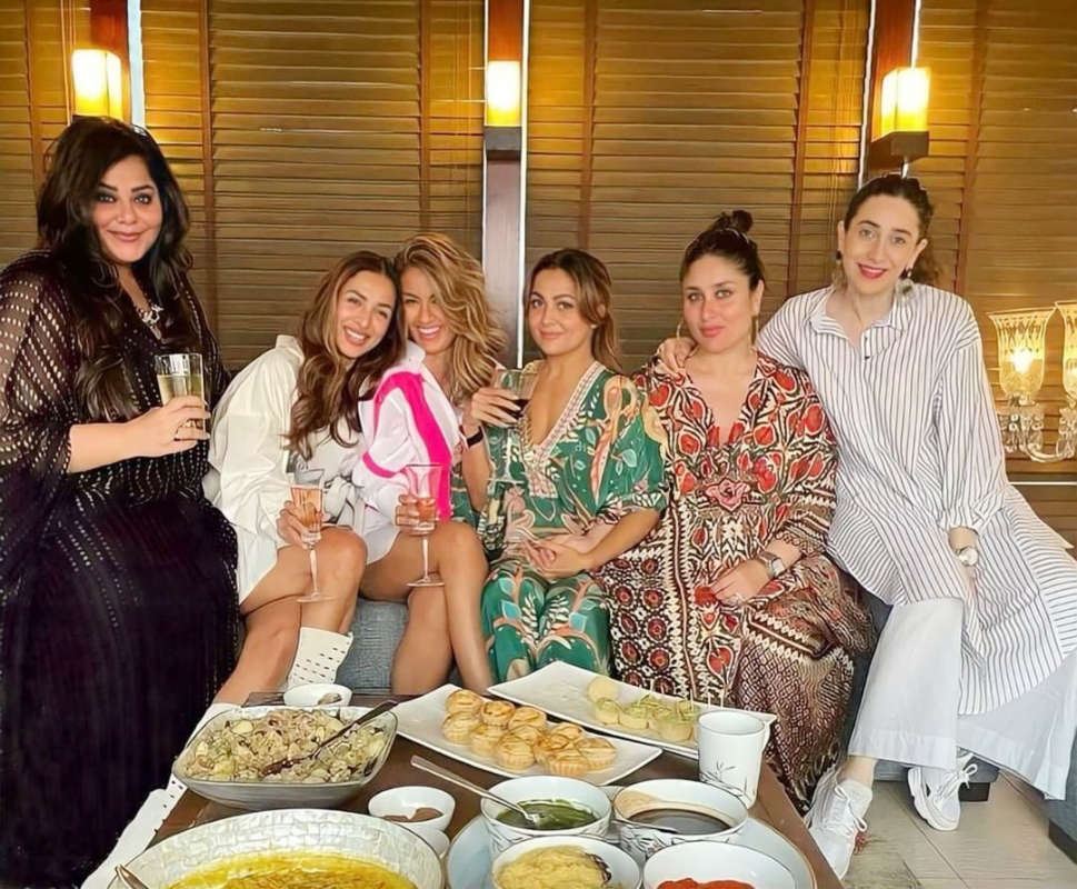 Inside pictures from Amrita Arora's birthday party
