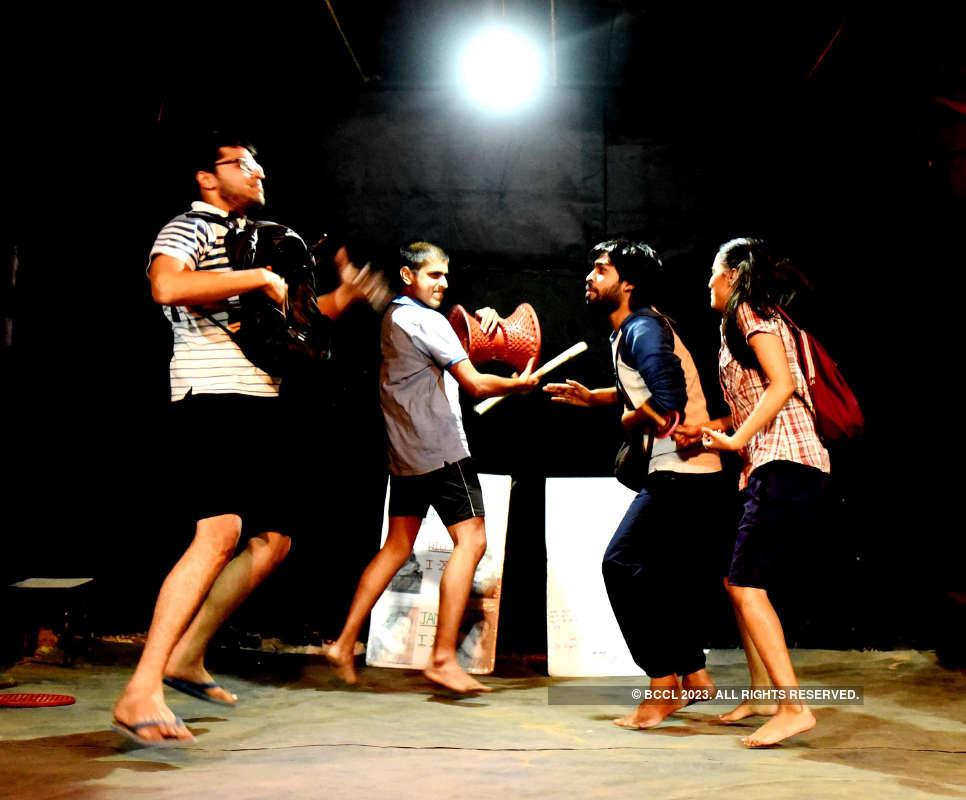 Bade Bhai Sahab: A play