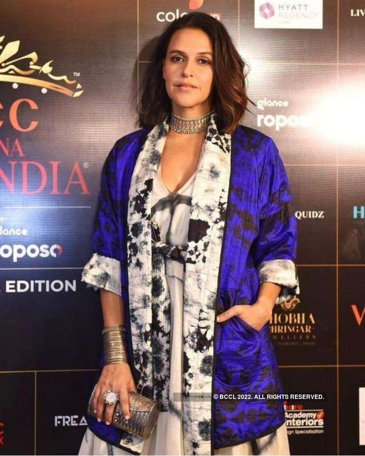 Stars Dazzle At The Red Carpet of VLCC Femina Miss India 2020 Grand Finale