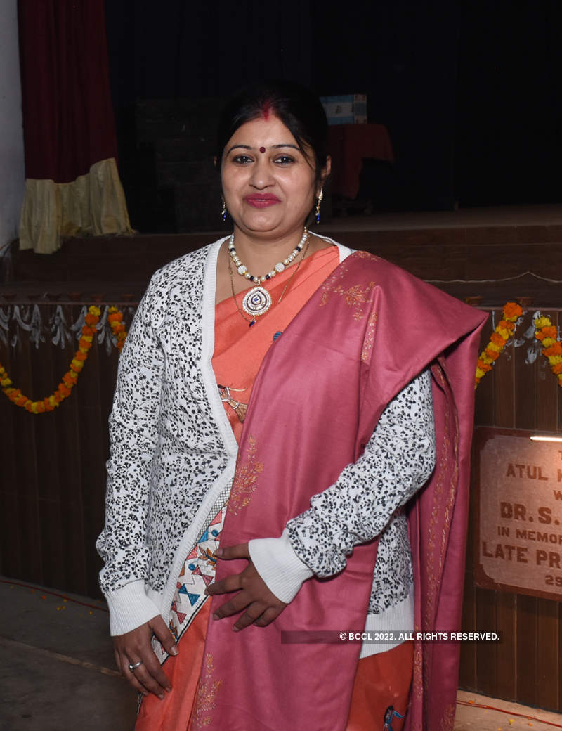 Lucknowites pay tribute to Netaji Subhash Chandra Bose