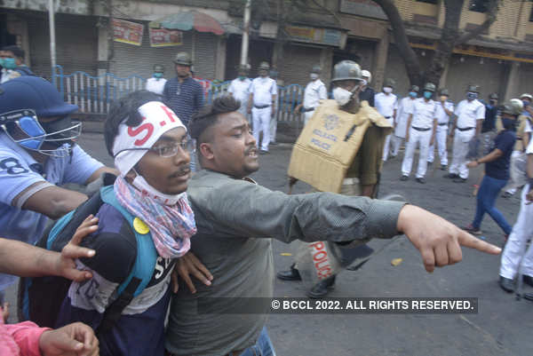 Clash between police and Left-Cong activists leaves many injured