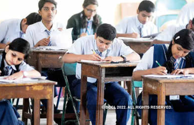 Parents worried as school compels students for offline exam