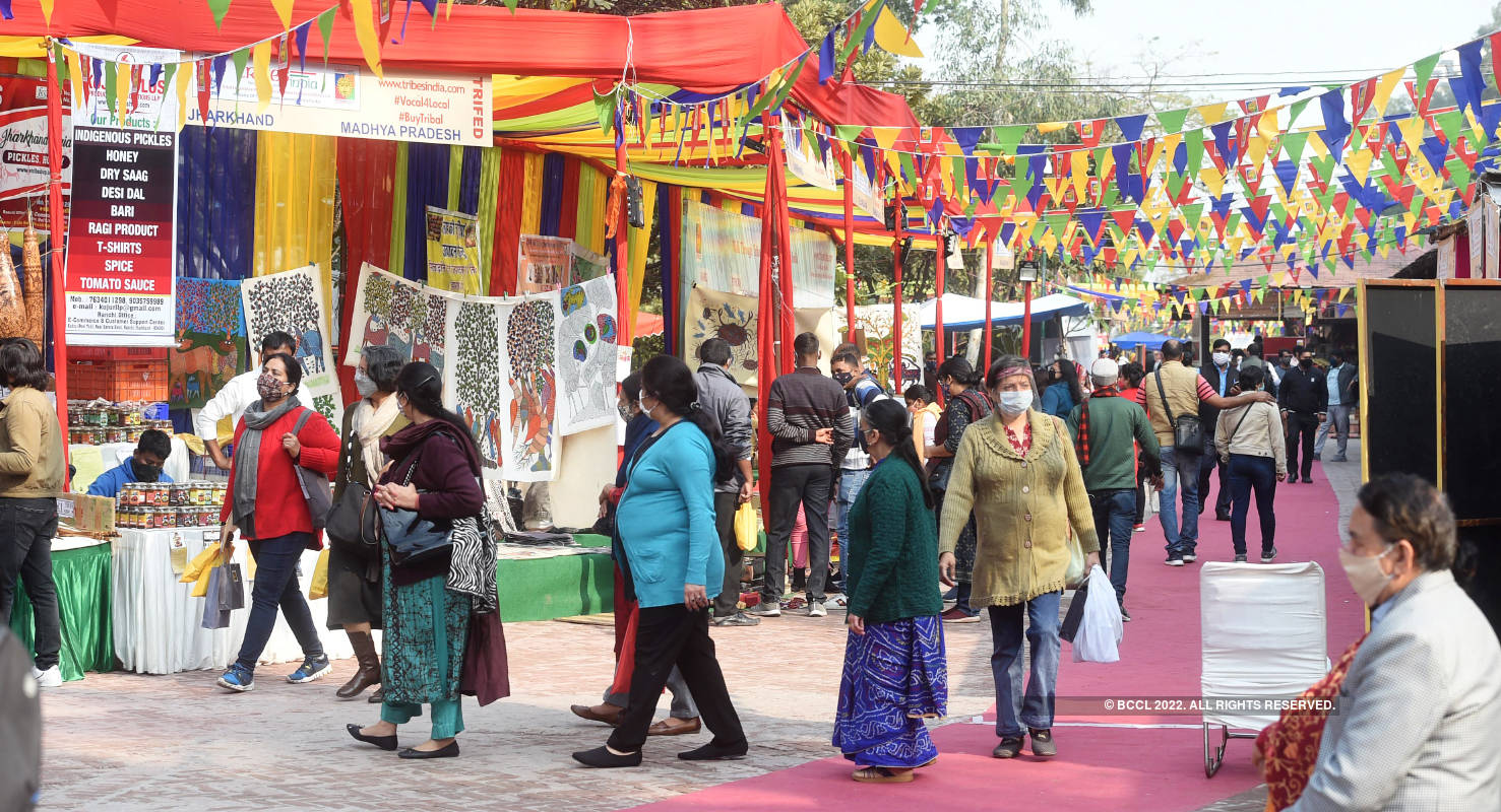 Delhiites attend Tribal fest at Dilli Haat