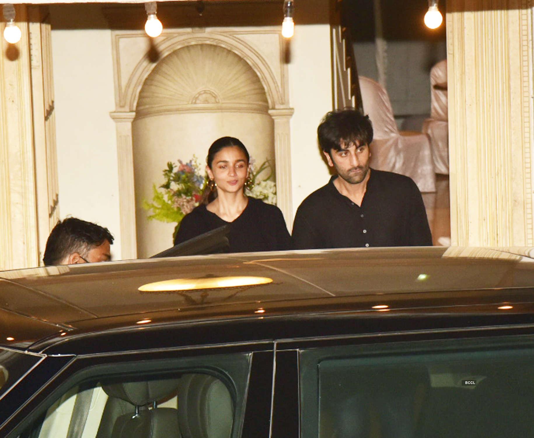 Alia Bhatt-Ranbir Kapoor, Kareena Kapoor-Saif attend Randhir Kapoor's birthday party
