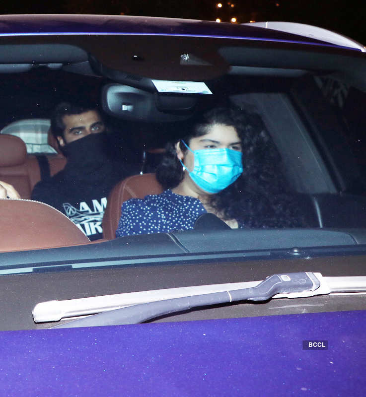 Sara Ali Khan, Arjun-Malaika and others attend Varun Dhawan-Natasha's wedding party