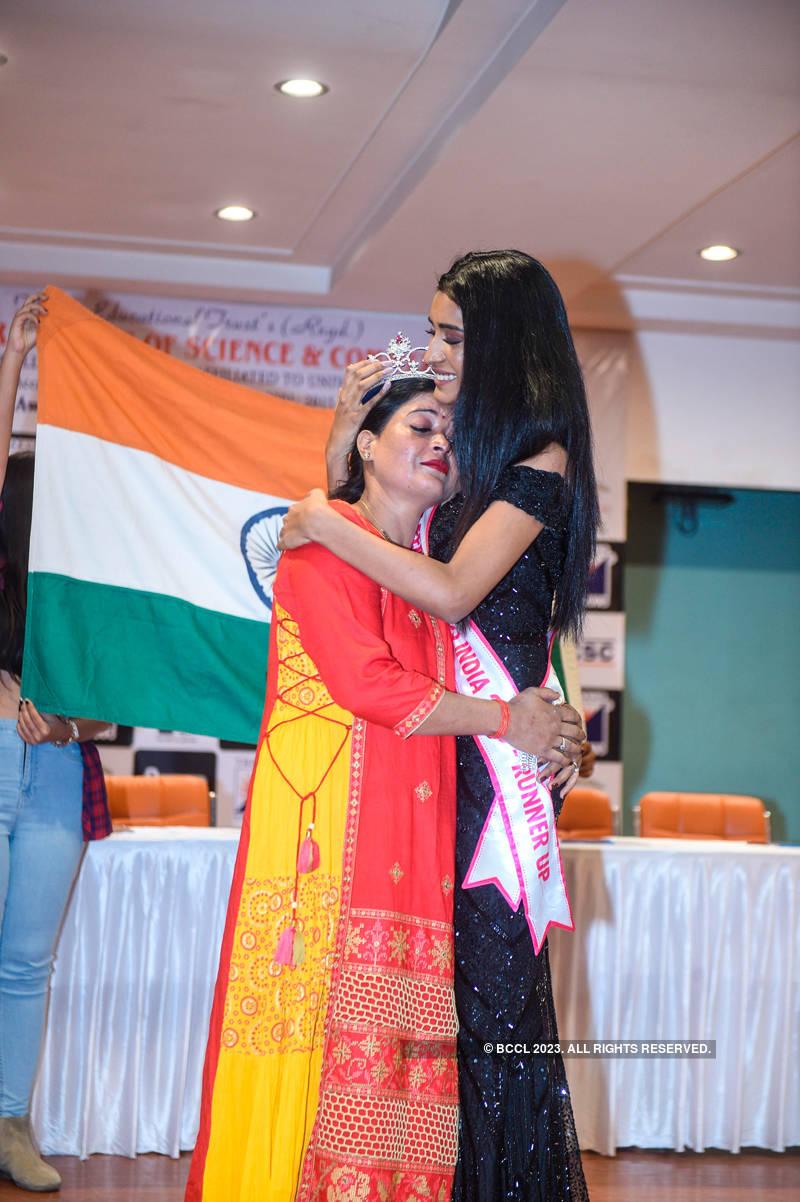 VLCC Femina Miss India 2020 runner-up Manya Singh's homecoming ceremony