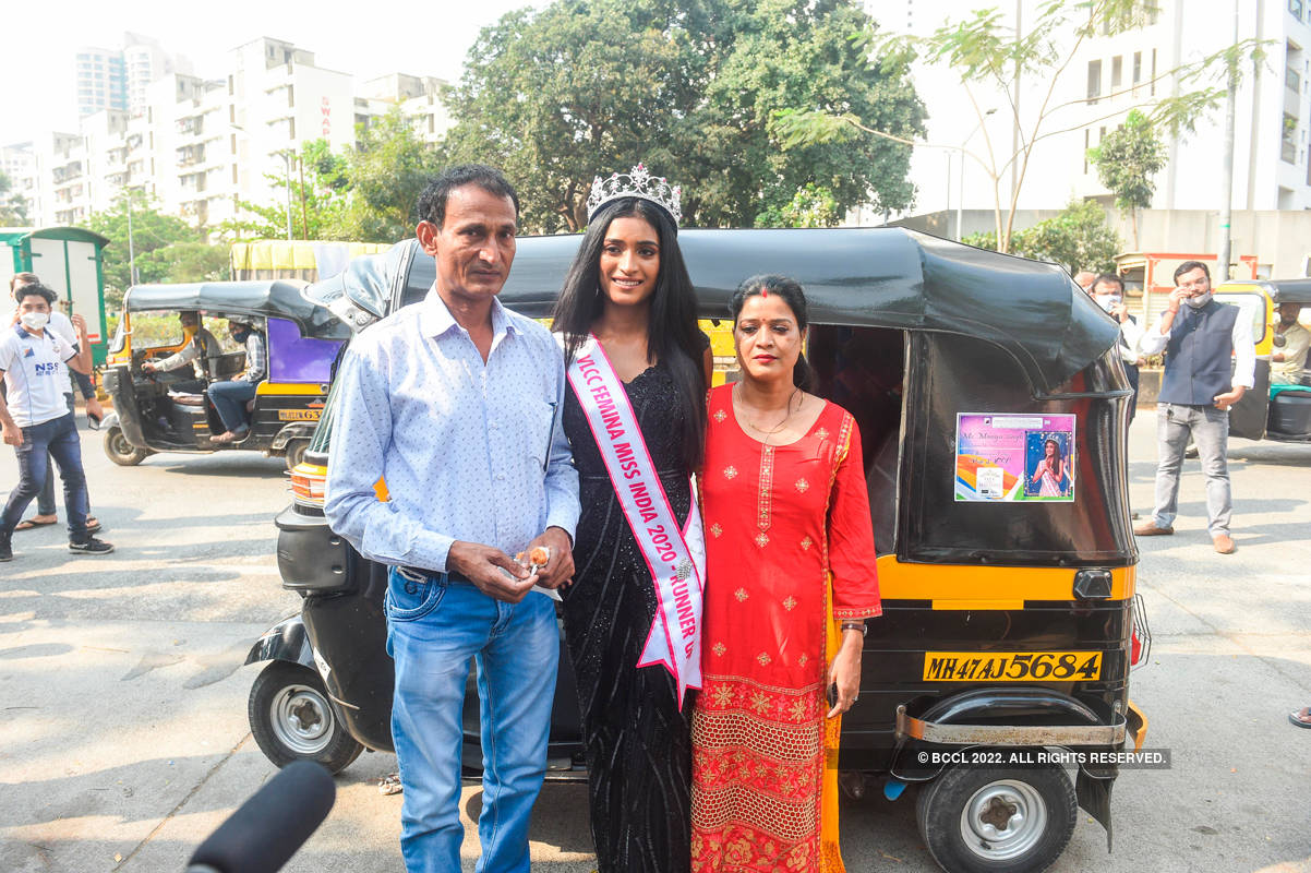VLCC Femina Miss India 2020 runner-up Manya Singh's homecoming ceremony