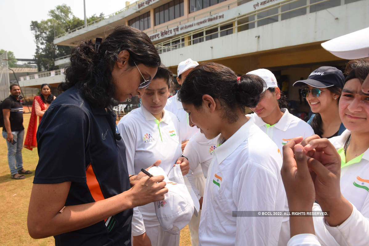Sports For Peace: A field day for the cricket fans