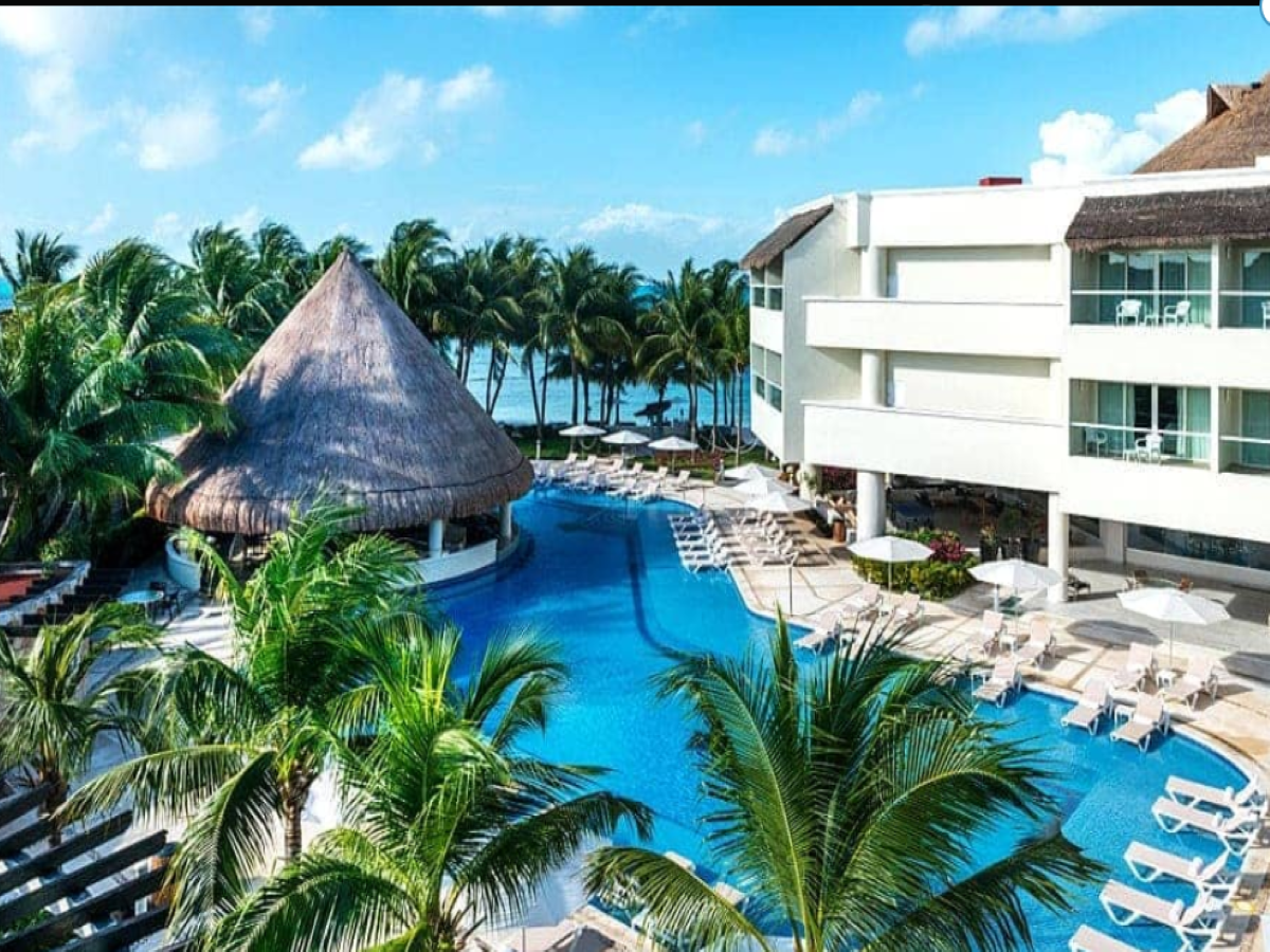 These luxury resorts are offering free 14-night stay to guests if they test COVID positive