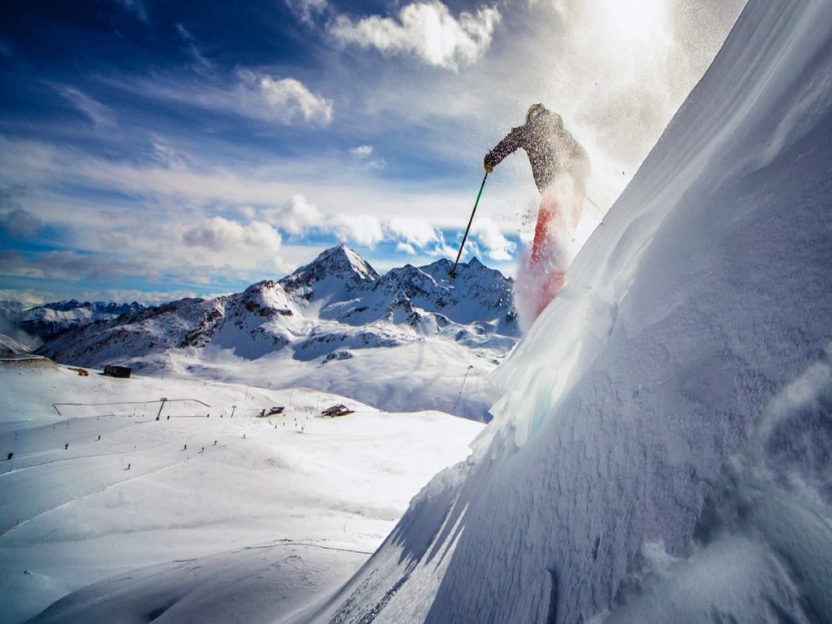 Aggiornamento Covit-19: le famose piste da sci italiane saranno chiuse fino a marzo 2021