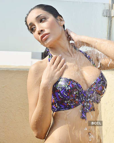 Sofia Hayat's hot photoshoot