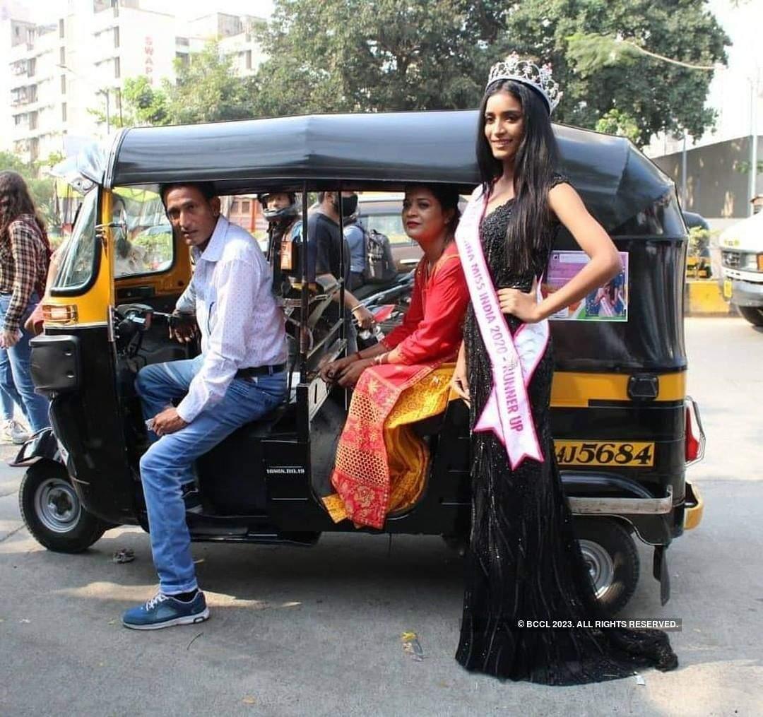 VLCC Femina Miss India 2020 Runner-up Manya Singh's Homecoming