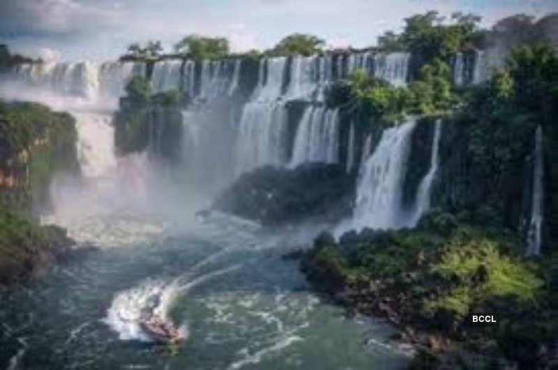 10 Most beautiful waterfalls around the world