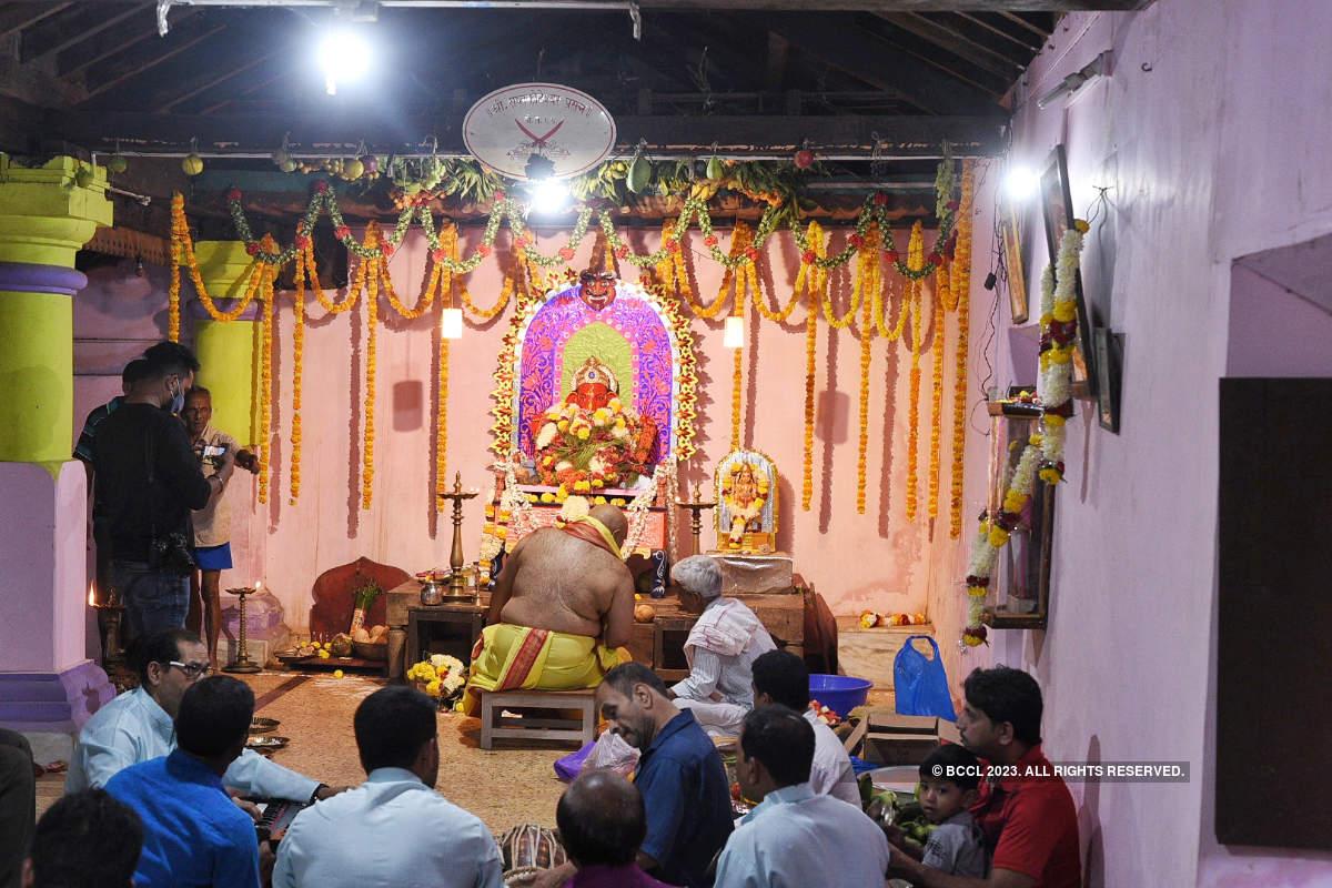 Suryarao Sardesai's family celebrate Ganesh Chaturthi with much fervour