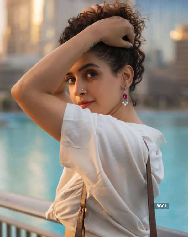 Sanya Malhotra ups the glam quotient with her bewitching pictures