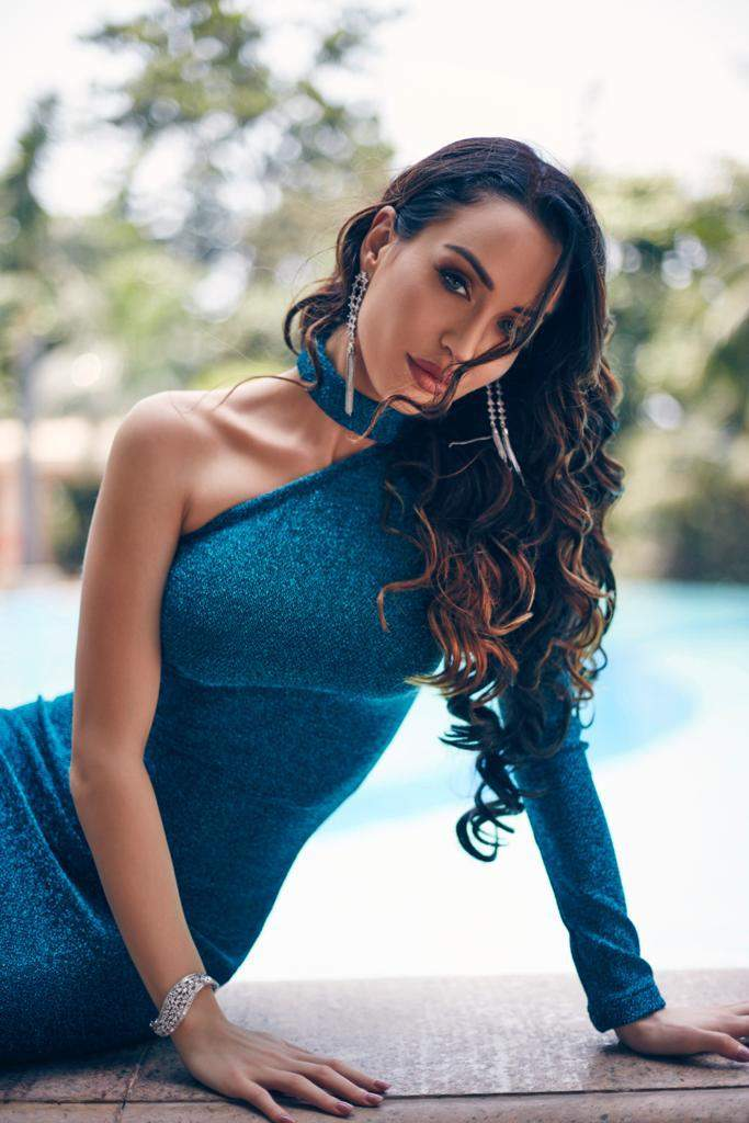 Stunning photoshoots of former Bigg Boss & Ace of Space 2 fame Lucinda Nicholas