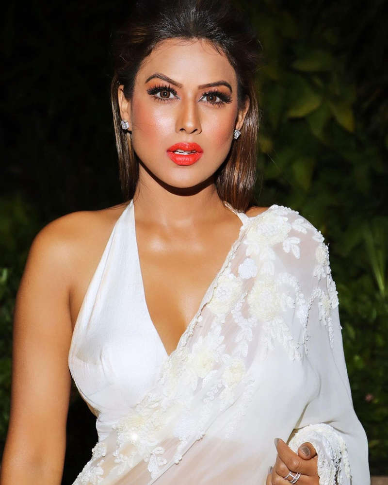 Nia Sharma ups the glam quotient with her alluring pictures