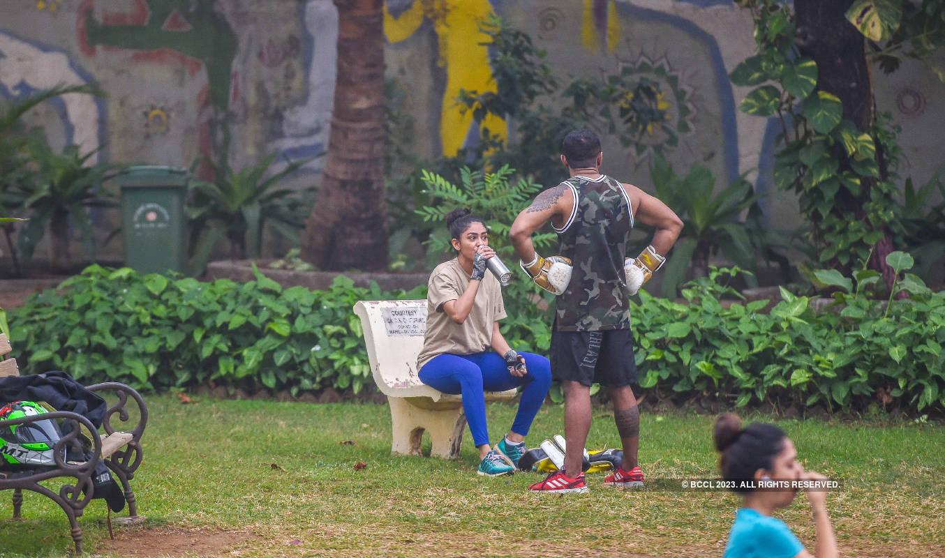 Mrunal Thakur practices kickboxing