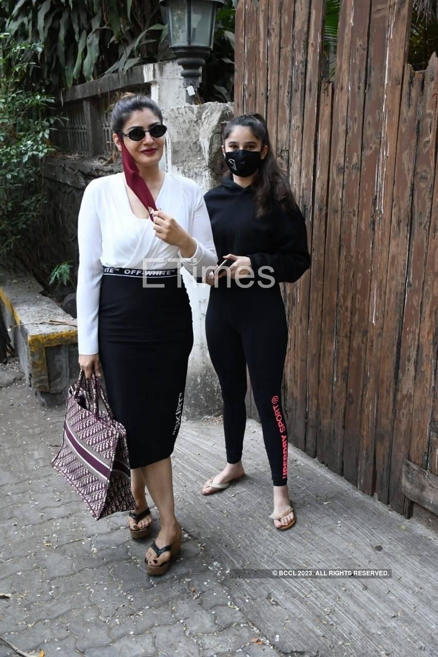 raveena and Rasha thadani