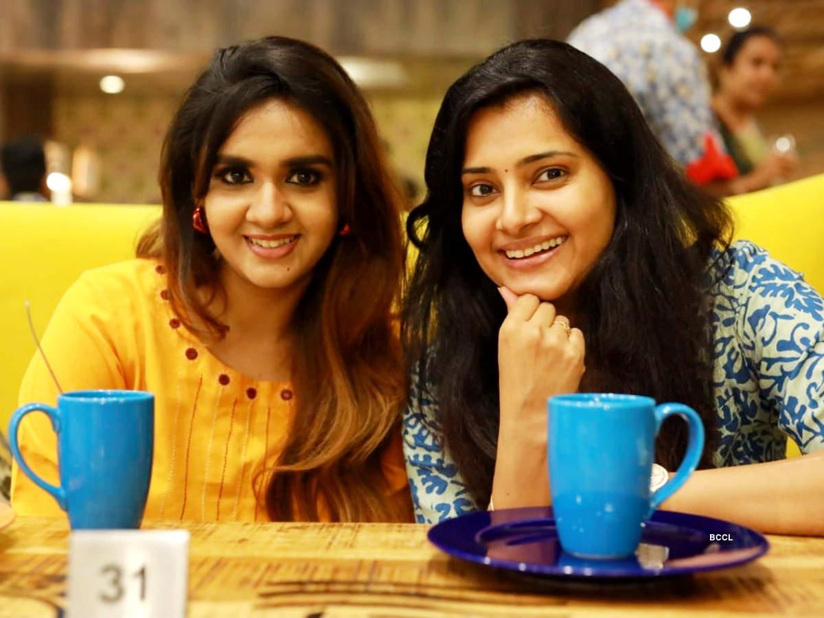 Here's how Sruthi Raj celebrated her birthday with Sahana Sheddy; watch