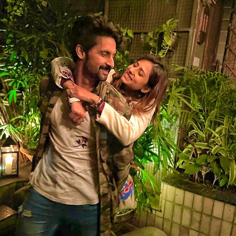 Ravi Dubey and Sargun Mehta give us major relationship goals