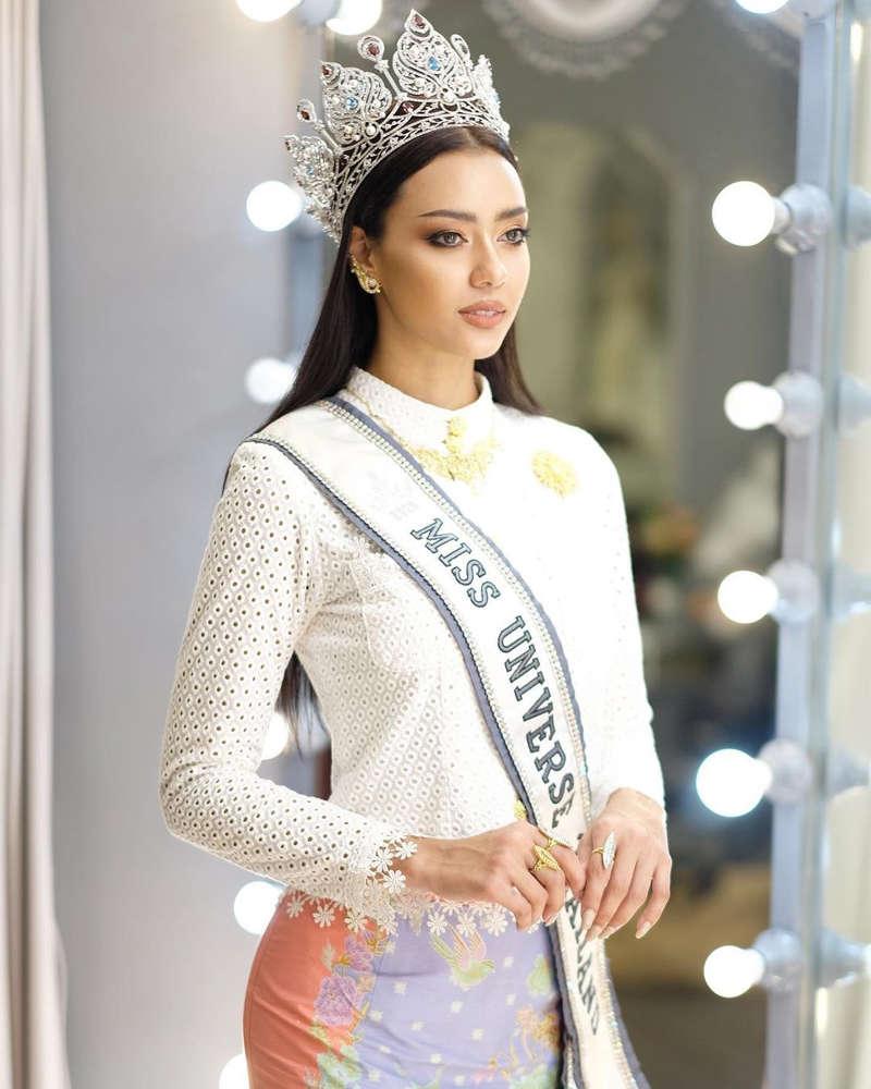 Miss Universe Thailand 2020 Amanda Obdam fired as mental health ambassador