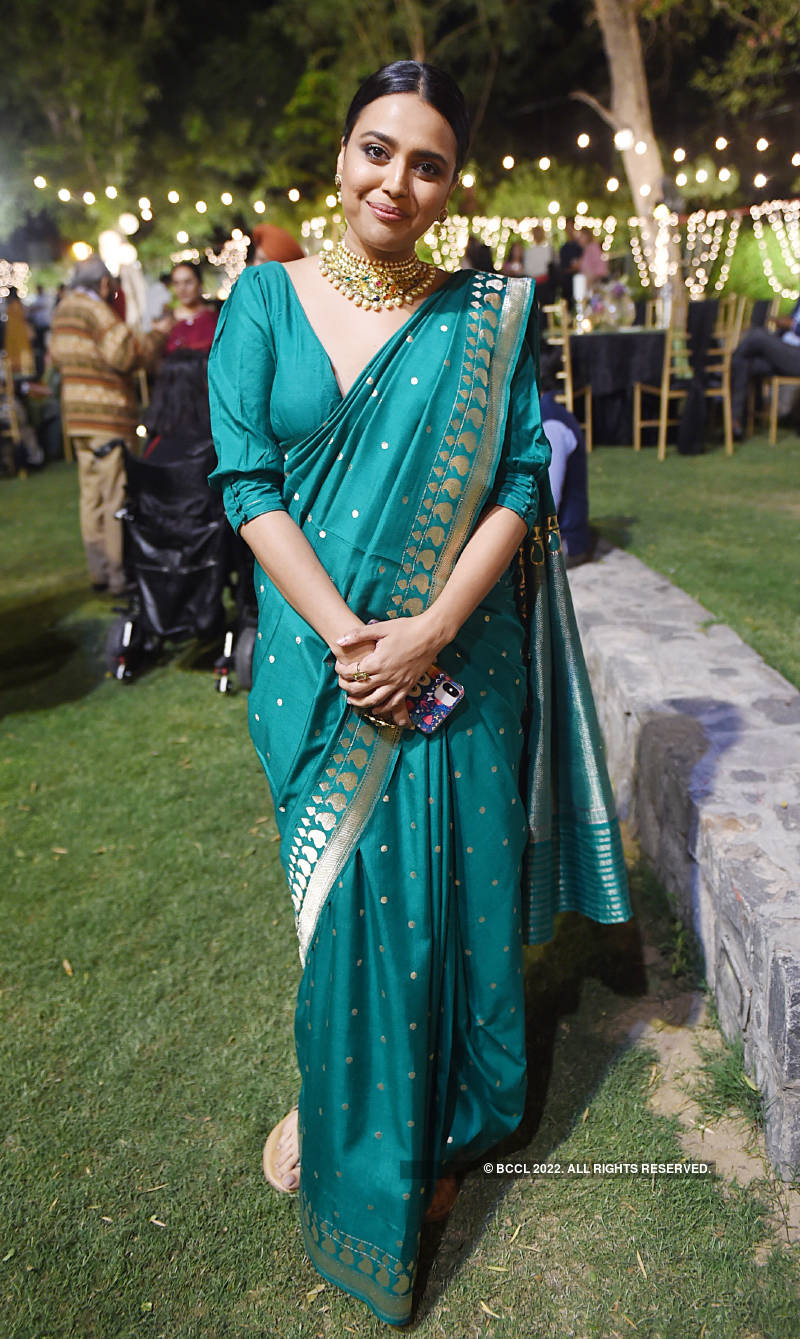 Inside pictures from Swara Bhasker's father's birthday party