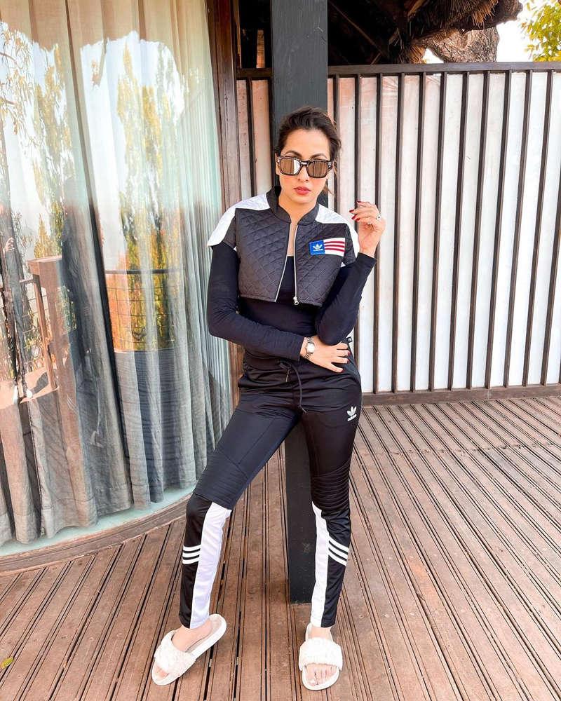Kasautii Zindagii Kay 2 actress Madhura Naik turns up the heat with her bewitching pictures