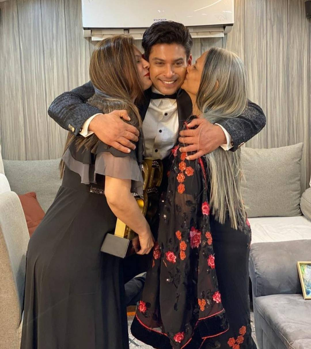 Sidharth Shukla with his mother and sister (Instagram)