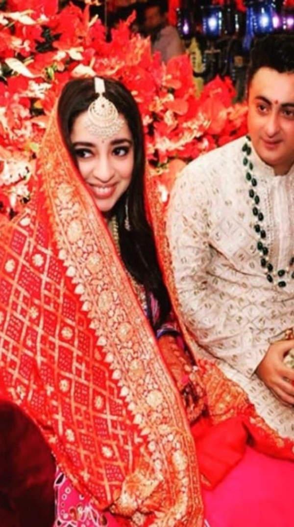 Unmissable pictures from JP Dutta's daughter Nidhi Dutta's dreamy wedding