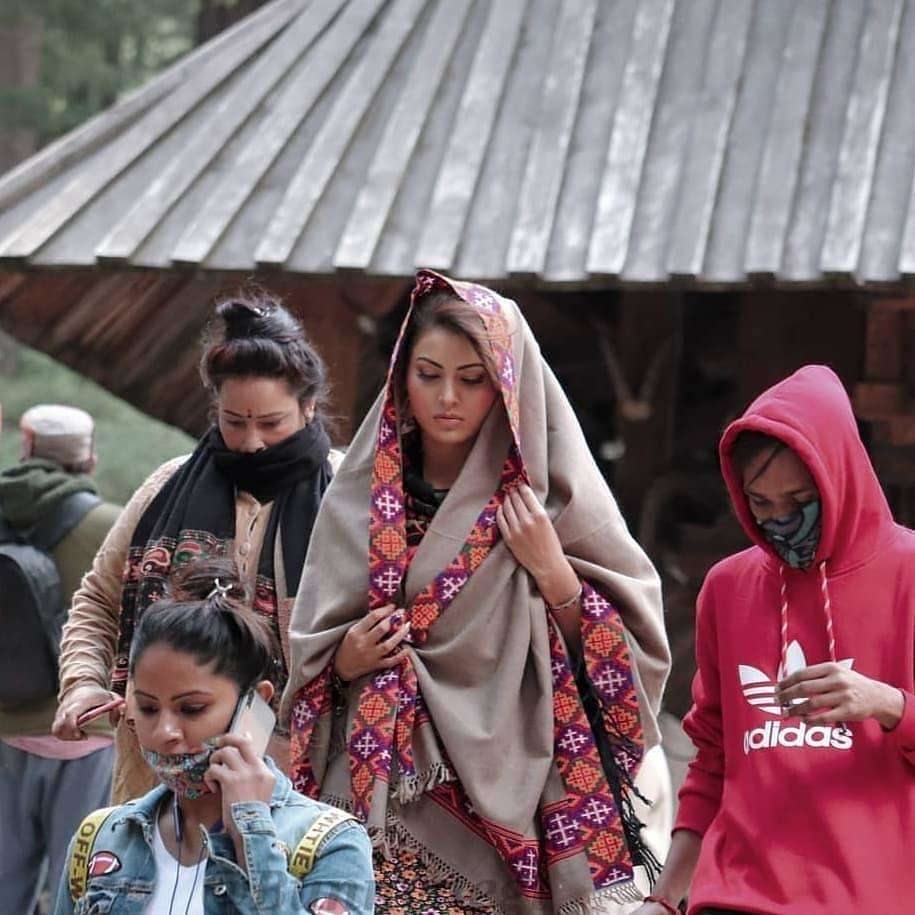Urvashi Rautela spotted shooting in Manali for her upcoming untitled film