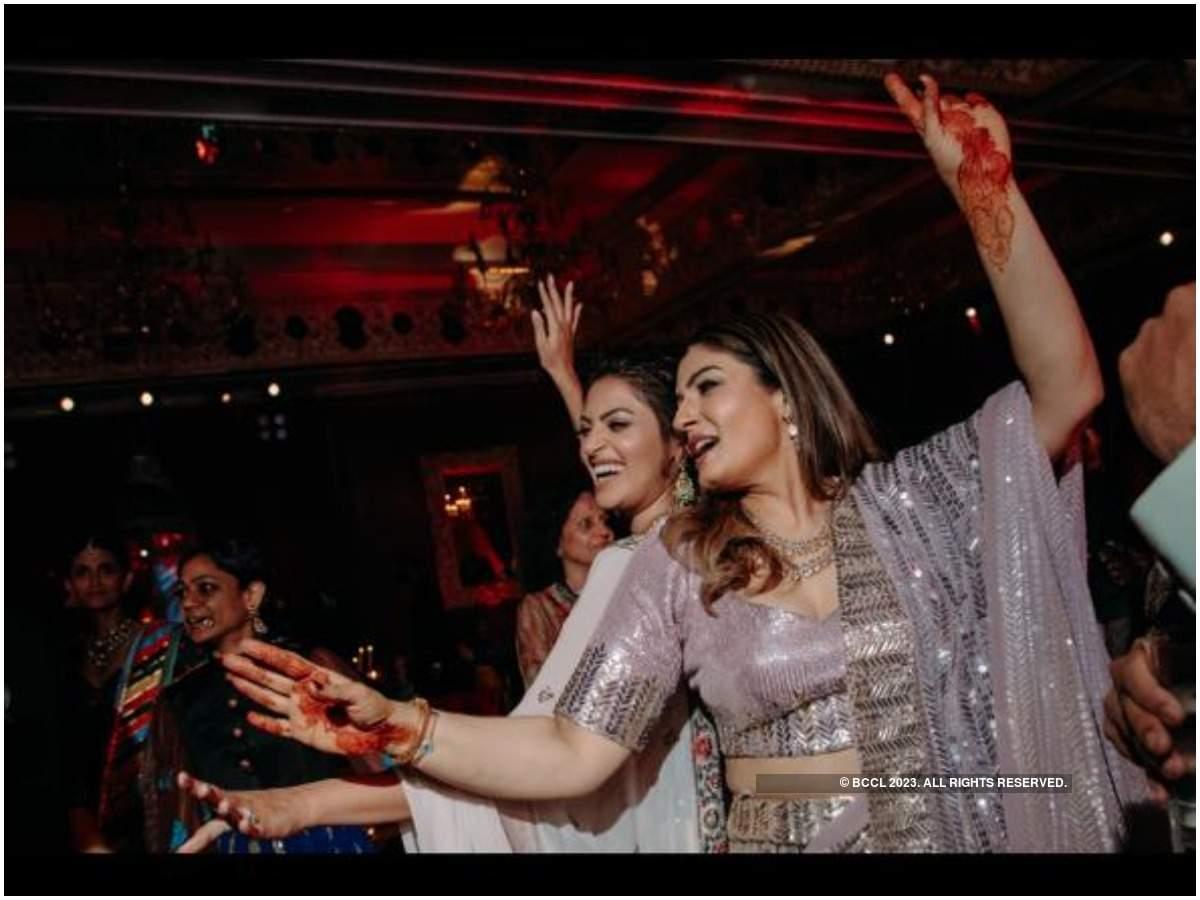 Raveena Tandon and Anushka Ranjan Kapoor